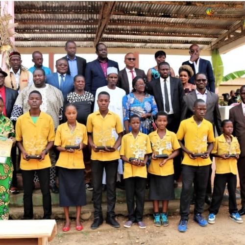 Lycée d'Eséka: célébration de l'excellence scolaire
